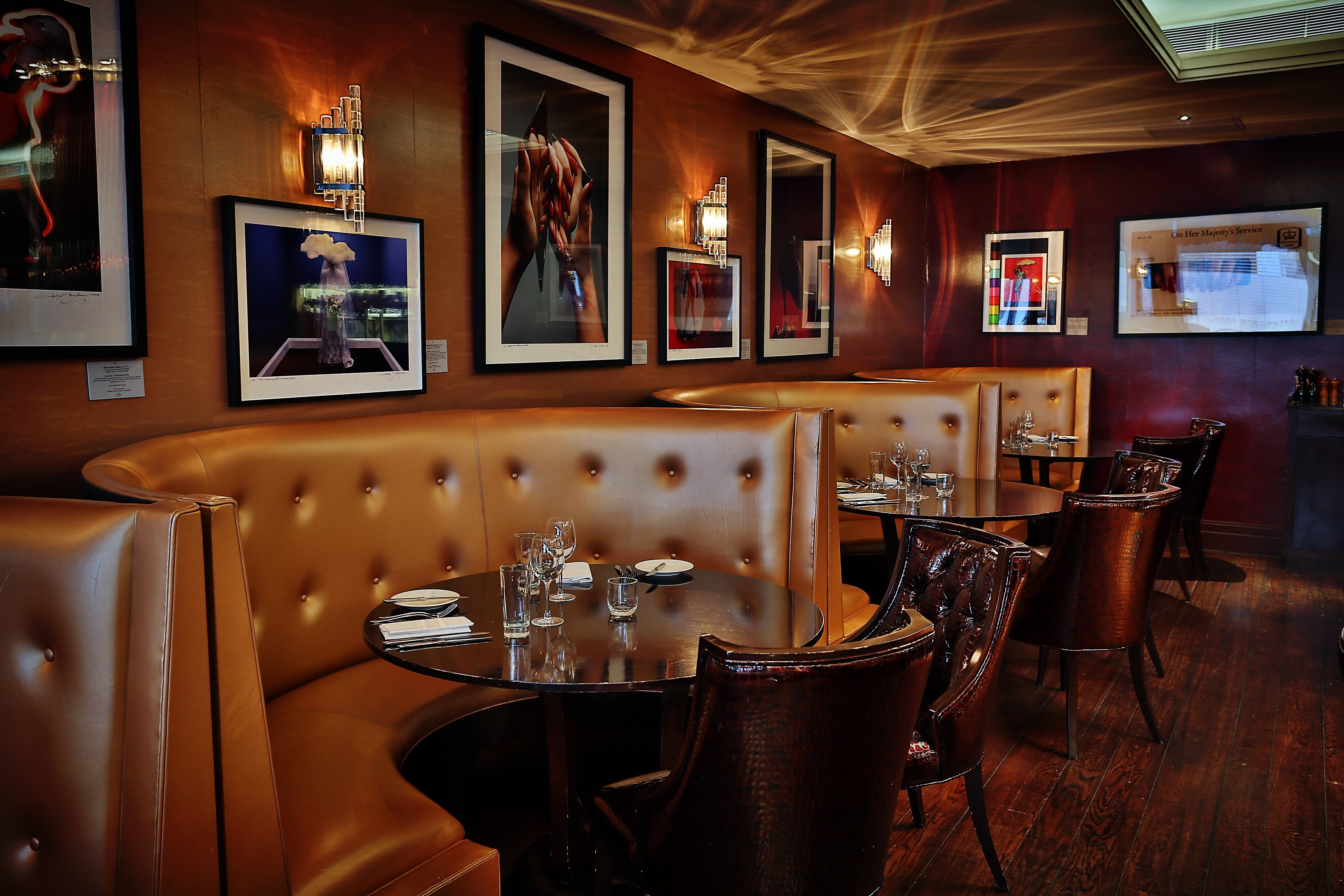 no20-restaurant-booth