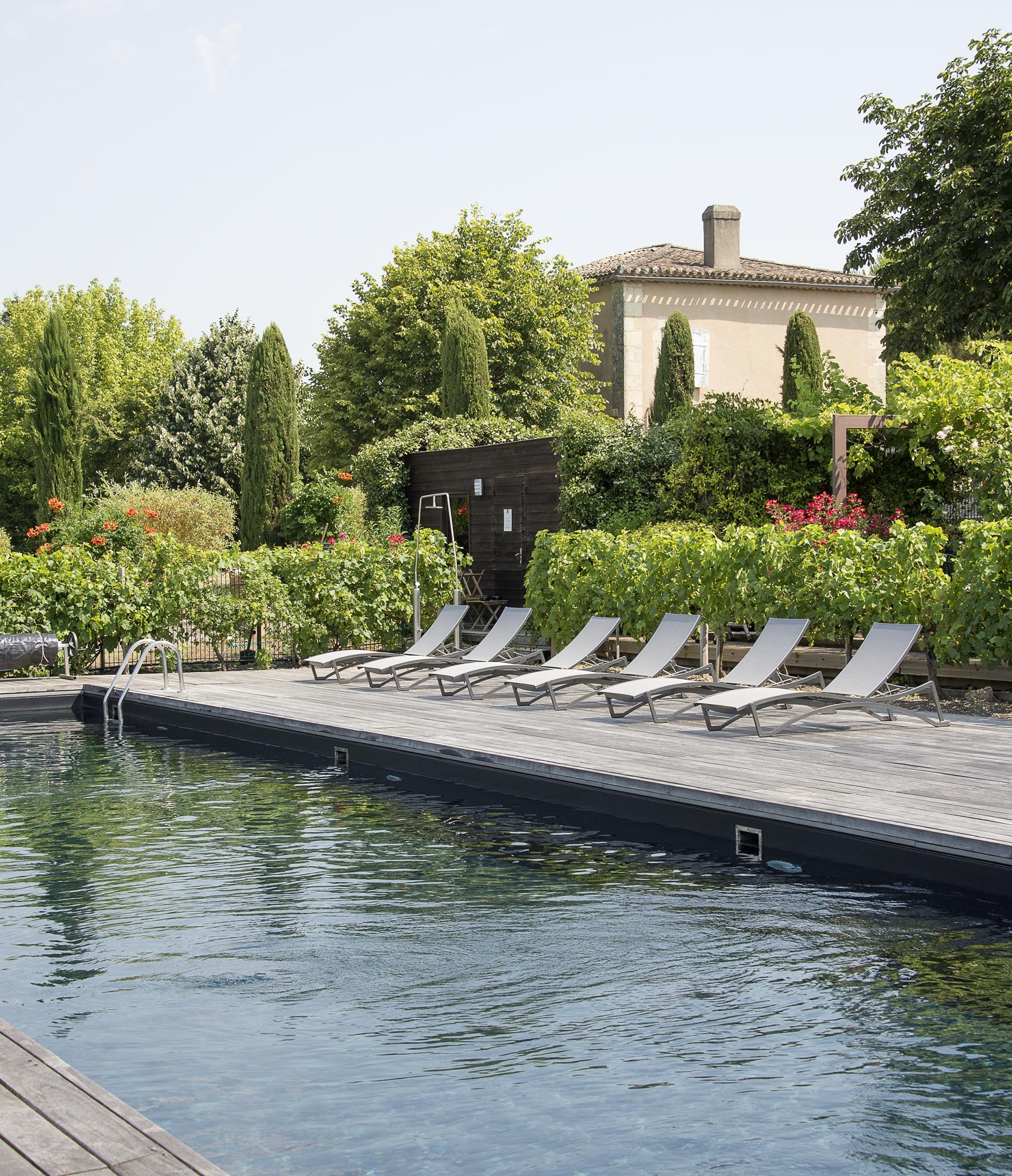 hotel-stj-piscine-droits-veronique-vedrenne