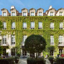 HOTEL GUIDE: Le Pavillon de la Reine, Paris