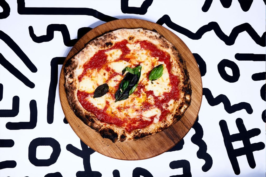 Luigis hot pizzas