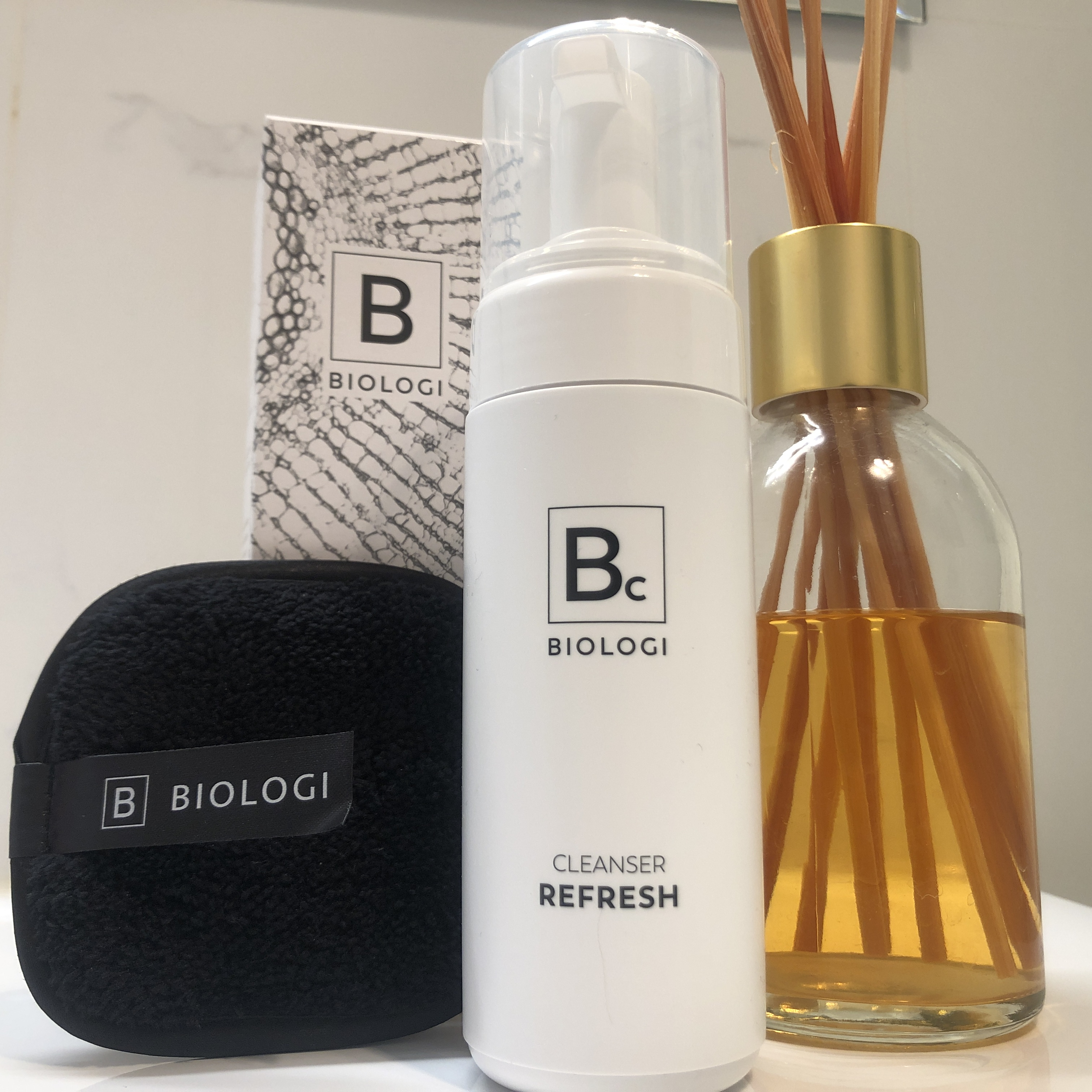 Biologi facial cleanser