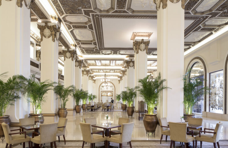The Peninsula Hong Kong Exudes Five-Star Hospitality with Old-World Charm