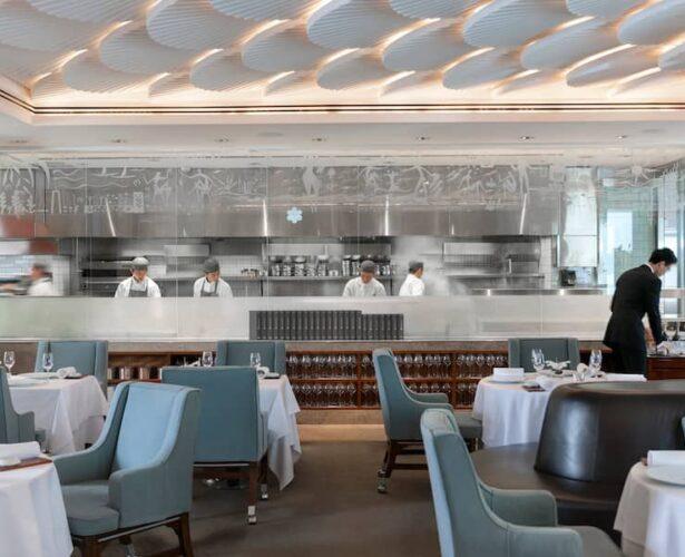 RESTAURANT REVIEW: A Sunset Tasting Menu at Mandarin Oriental's Mandarin Grill + Bar