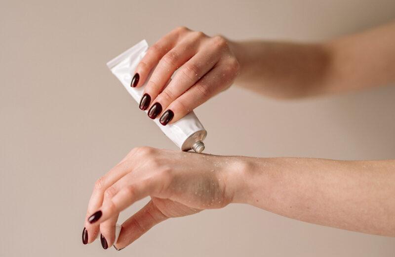 16 Heavy-Duty Hand Creams for Dry Winter Hands