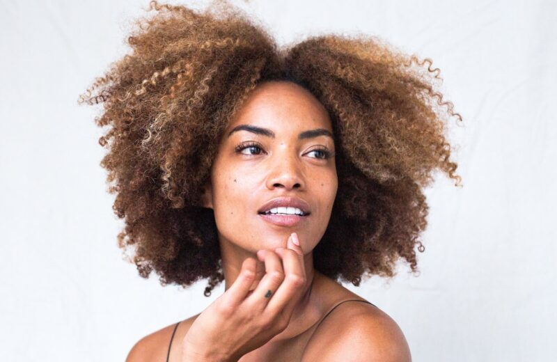 7 Best Curly Hair Products to Try NOW – Beauty Editor Belen Arce Reviews